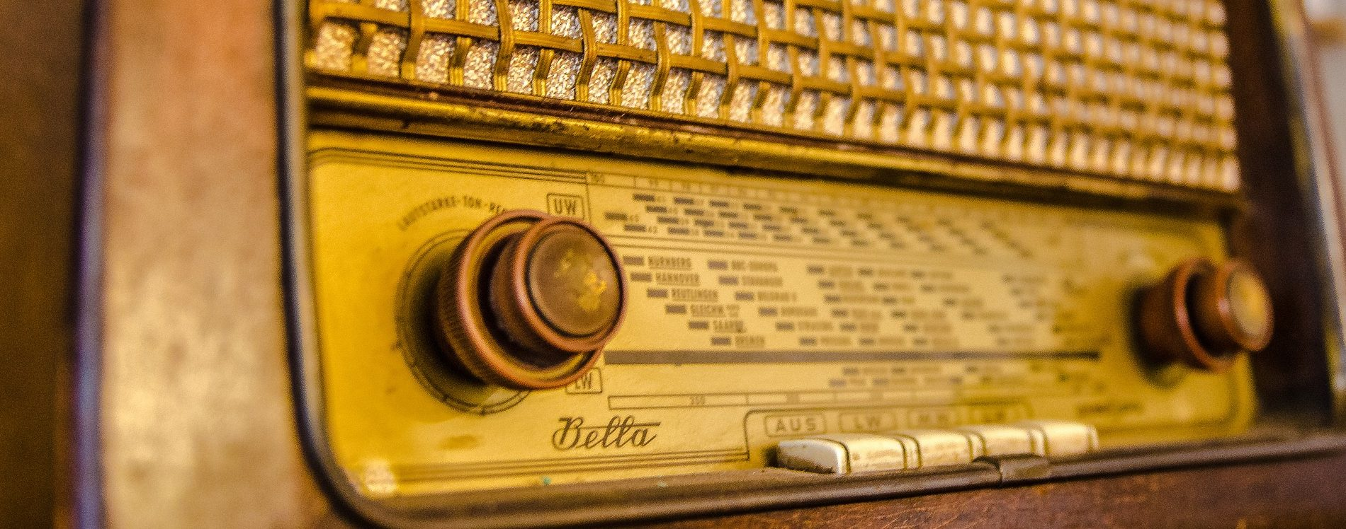 Pixabay - Free Clip Art - Use For Podcasts - Antique Radio